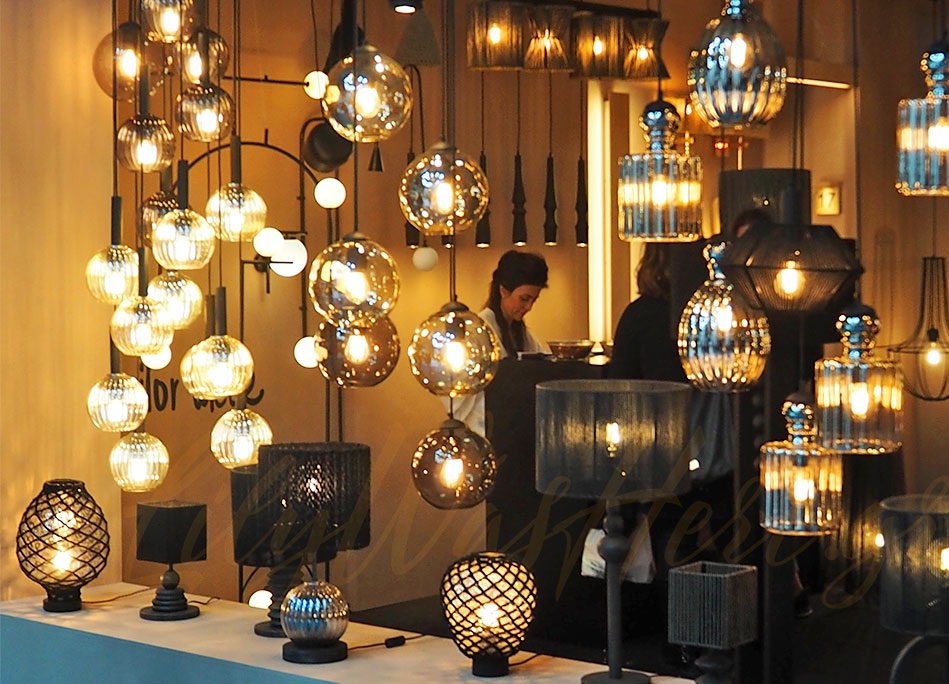 Tailor made deco lights