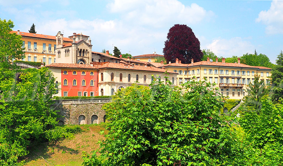 Travel to Bergamo